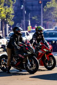 Preview wallpaper motorcycles, bikes, motorcyclists, road, cars