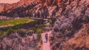 Preview wallpaper mountains, travel, man, smith rock state park, terrebonne, united states
