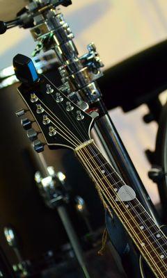 240x400 Wallpaper musical instrument, music, percussion, guitar