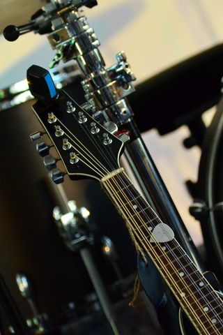 320x480 Wallpaper musical instrument, music, percussion, guitar