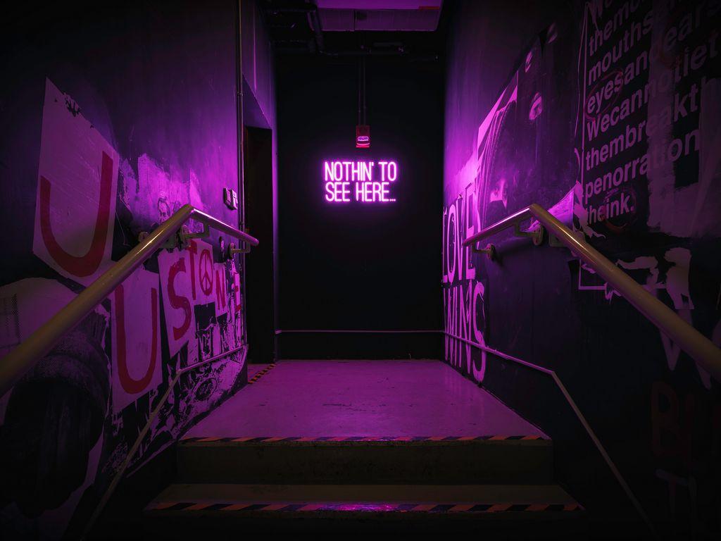 1024x768 Wallpaper neon, inscription, wall, purple, backlight