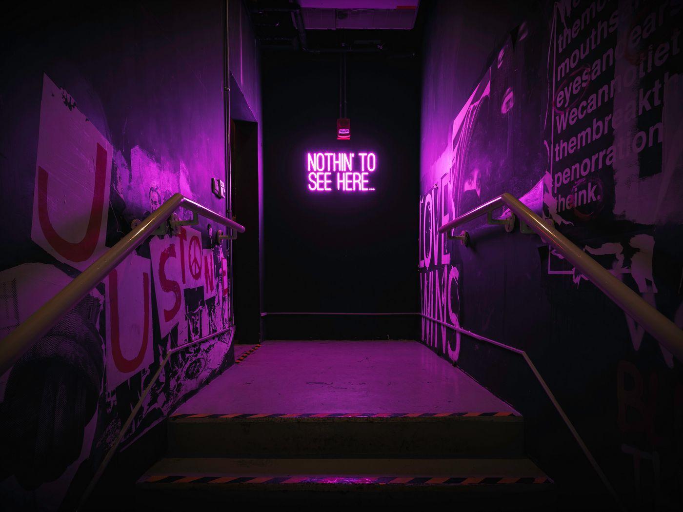 1400x1050 Wallpaper neon, inscription, wall, purple, backlight