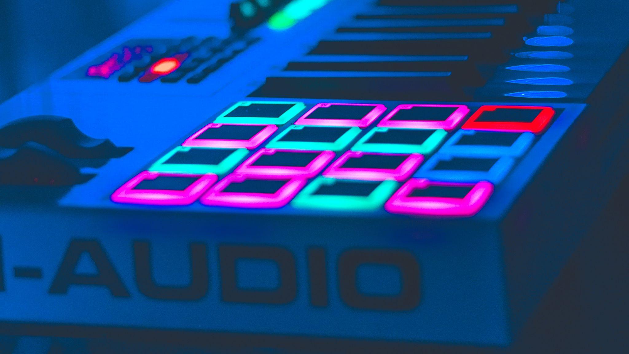 2048x1152 Wallpaper neon, key, instrumental, audio