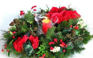 Preview wallpaper new year, christmas, holiday, wreath, needles, candle, buds