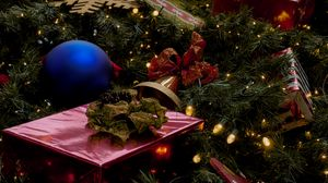 Preview wallpaper new year, tree, gifts, decoration, garland