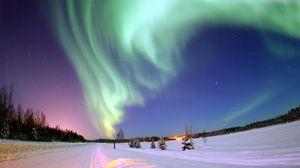 Preview wallpaper northern lights, aurora, winter, snow, starry sky
