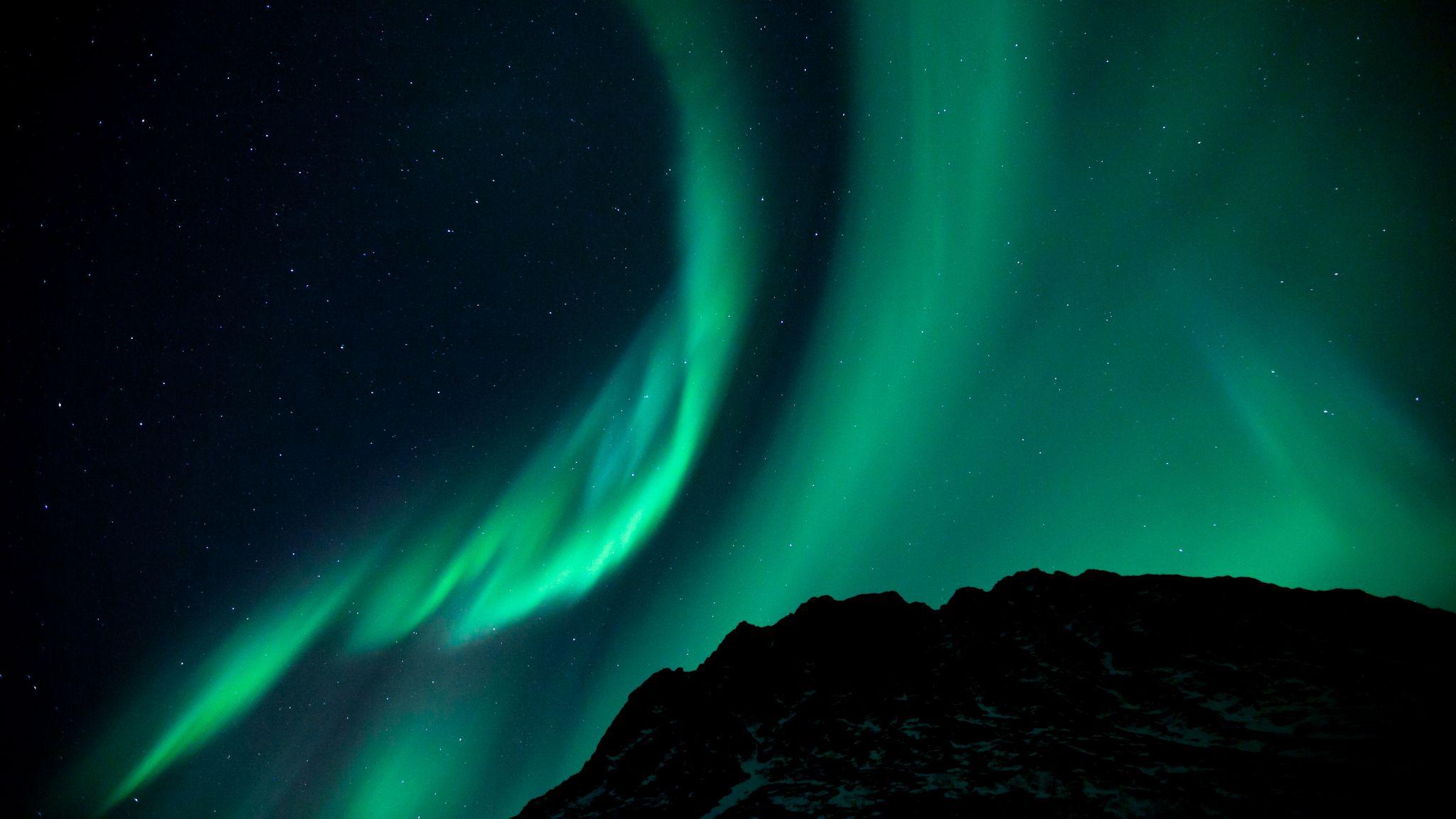 2048x1152 Wallpaper northern lights, night, night sky, phenomenon