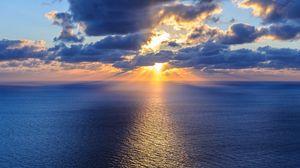 Preview wallpaper ocean, sea, horizon, clouds