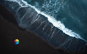 Preview wallpaper ocean, surf, waves, foam, umbrella, shore