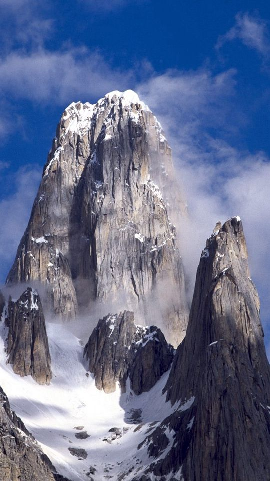 540x960 Wallpaper pakistan, mountain, top, rock, clouds