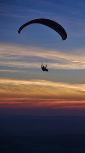 Preview wallpaper parachutist, parachute, silhouette, sunset, sky, dark