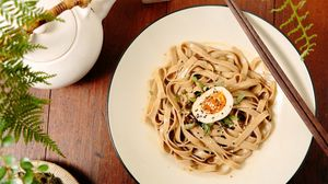 Preview wallpaper pasta, egg, noodles, sesame