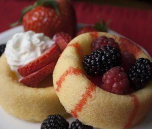 Preview wallpaper pastries, berries, fruits, dessert