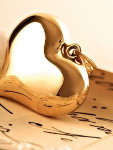 Preview wallpaper pendant, gold, heart, letter, macro, love, gift