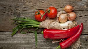 Preview wallpaper pepper, tomato, garlic, vegetables