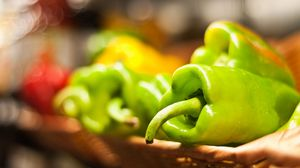 Preview wallpaper pepper, vegetable, basket, blur