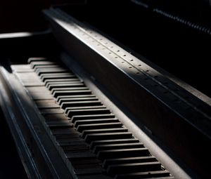 Preview wallpaper piano, keys, musical instrument, music, old