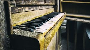 Preview wallpaper piano, old, dust, keys