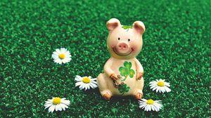 Preview wallpaper pig, figurine, luck, symbol, 2019
