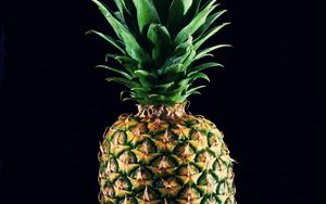 Preview wallpaper pineapple, fruit, leaves, black