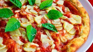 Preview wallpaper pizza, basil, sauce, garlic