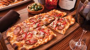 Preview wallpaper pizza, food, glass, board, table