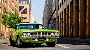 Preview wallpaper plymouth, barracuda, 1971, green, front bumper