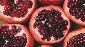 Preview wallpaper pomegranate, fruit, berries, ripe