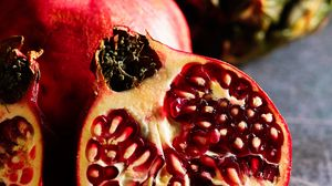 Preview wallpaper pomegranate, fruit, wedge, ripe