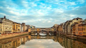Preview wallpaper ponte vecchio, new years eve, florence, italy