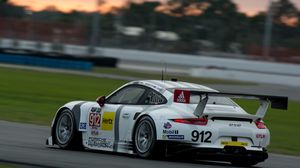 Preview wallpaper porsche 911, sports car, racing, movement, speed