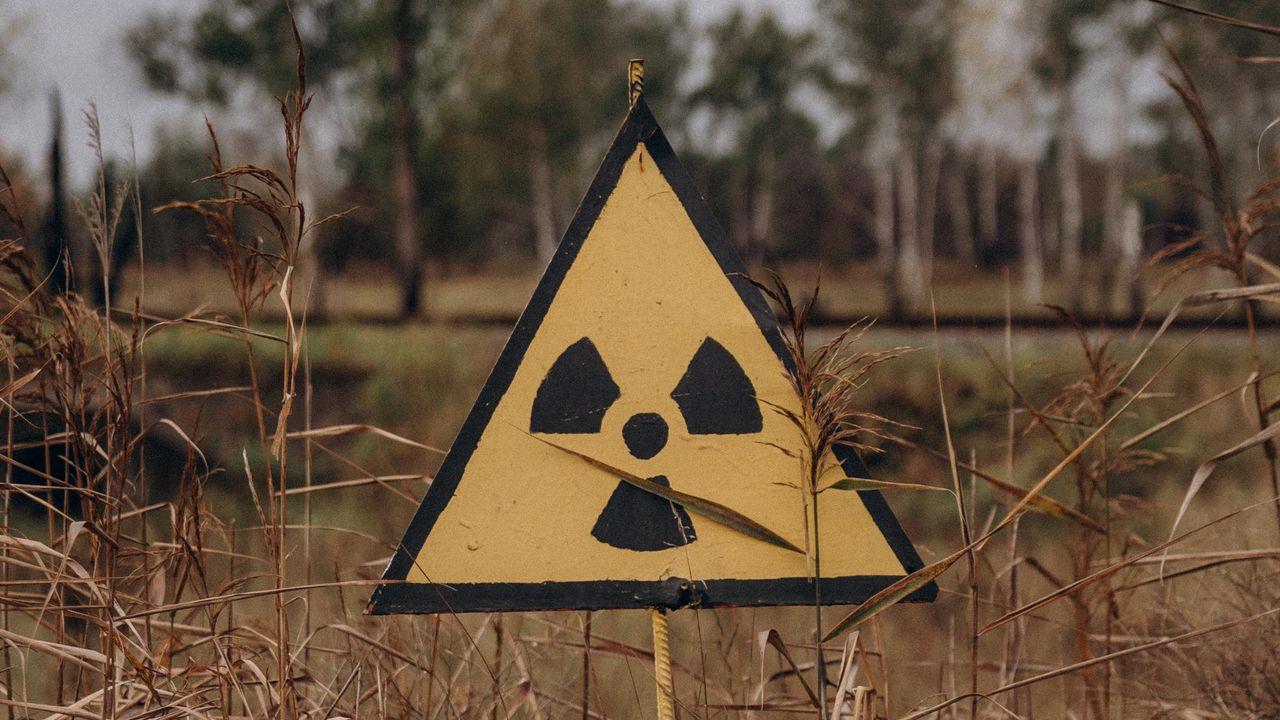 Wallpaper radiation, sign, warning, symbol