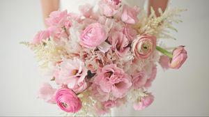 Preview wallpaper ranunkulyus, flowers, bouquet, bride, tenderness