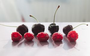 Preview wallpaper raspberry, cherry, berry, shadows