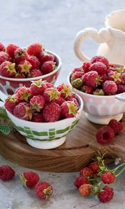 Preview wallpaper raspberry, jam, fruit, dishes