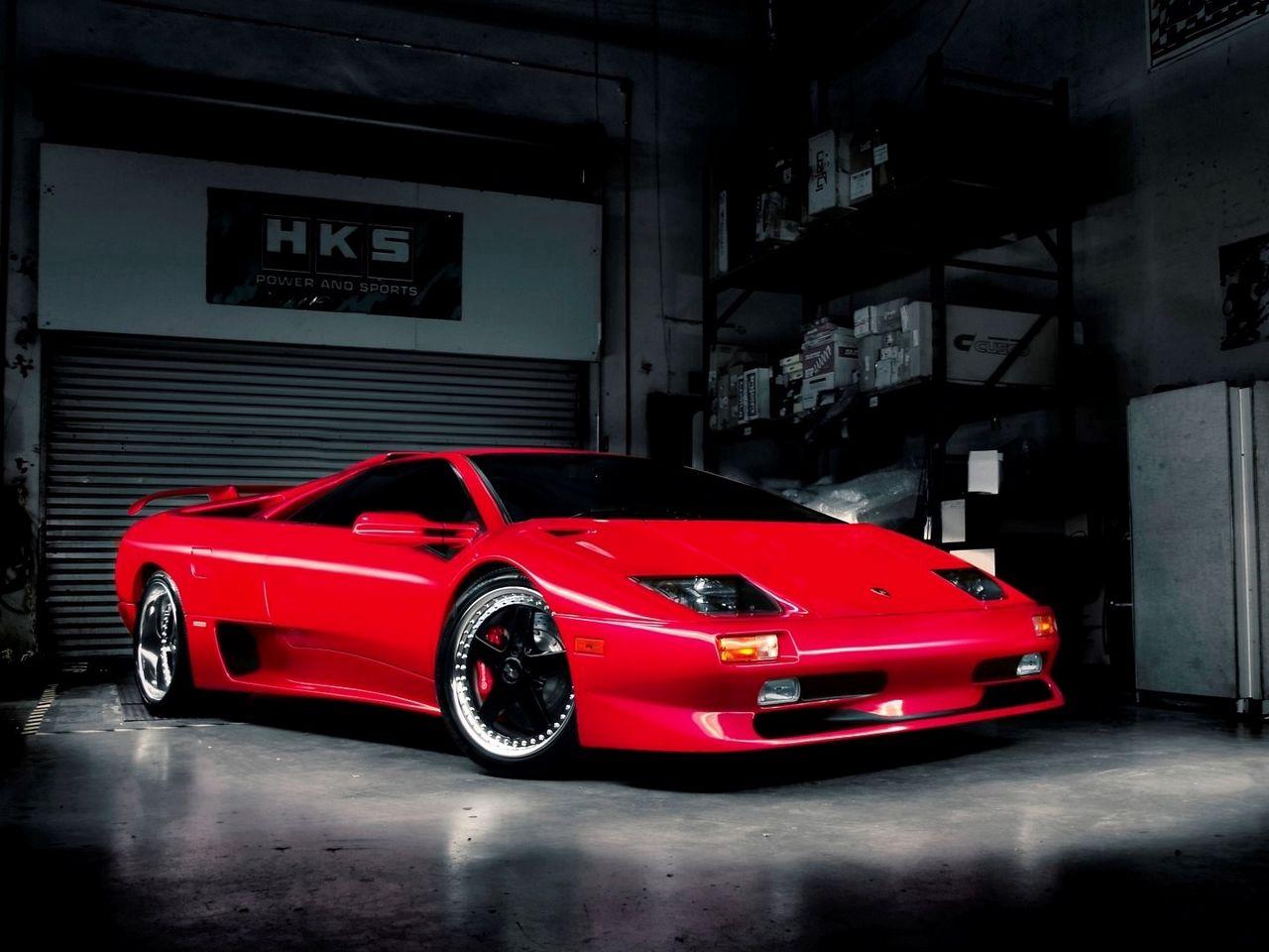 1280x960 Wallpaper red, garage, car, lamborghini