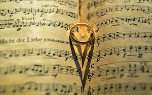Preview wallpaper ring, music, heart, shadow, love
