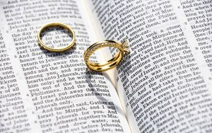Preview wallpaper rings, jewelry, book