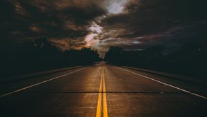 Preview wallpaper road, marking, cloudy, clouds, minneapolis, united states