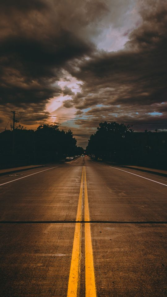 540x960 Wallpaper road, marking, cloudy, clouds, minneapolis, united states