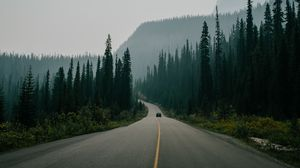 Preview wallpaper road, marking, fog, mountains, movement