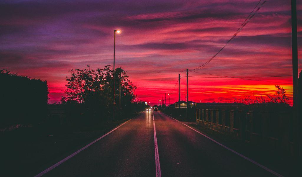 1024x600 Wallpaper road, sunset, horizon, marking