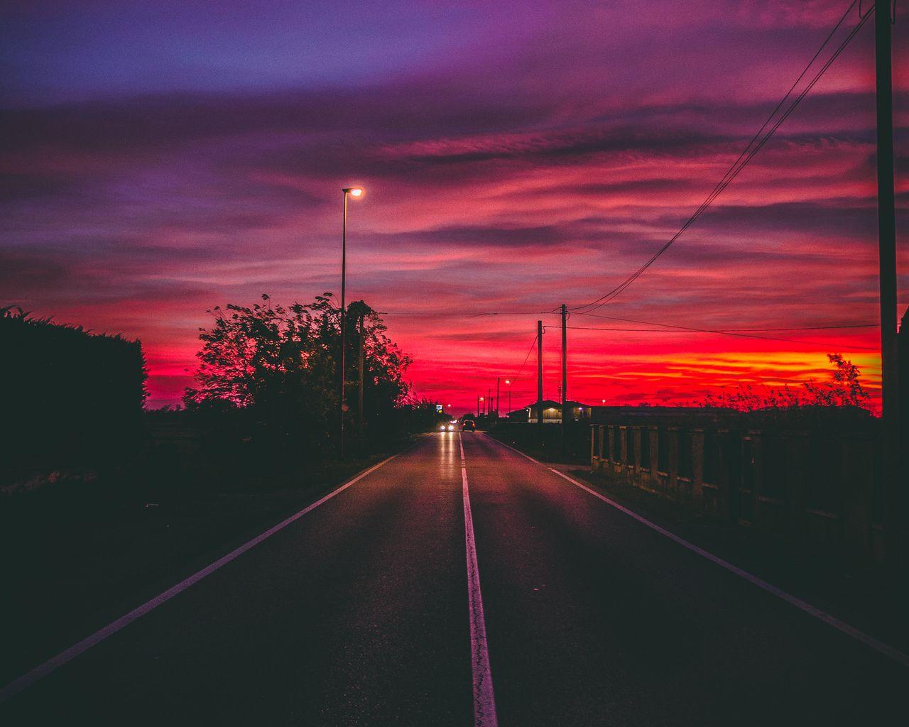 1280x1024 Wallpaper road, sunset, horizon, marking