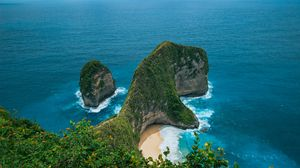 Preview wallpaper rock, cliff, sea, vegetation