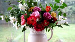 Preview wallpaper rose, jasmine, bouquet, pitcher, tray, box, branches