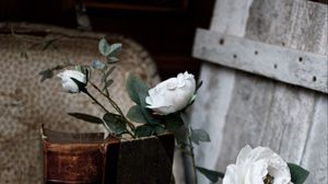 Preview wallpaper roses, flowers, book, vintage, aesthetics
