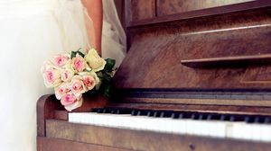 Preview wallpaper roses, flowers, bouquet, piano, music, bride