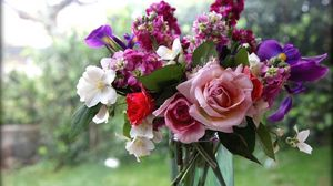 Preview wallpaper roses, flowers, jasmine, bouquet, vase, box