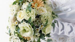 Preview wallpaper roses, gerbera, daisies, flowers, bouquet, bride
