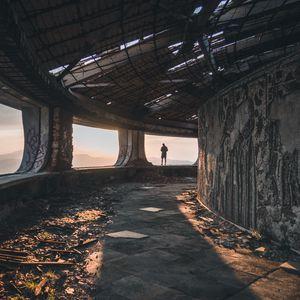 Preview wallpaper ruins, man, loneliness, buzludzha, bulgaria